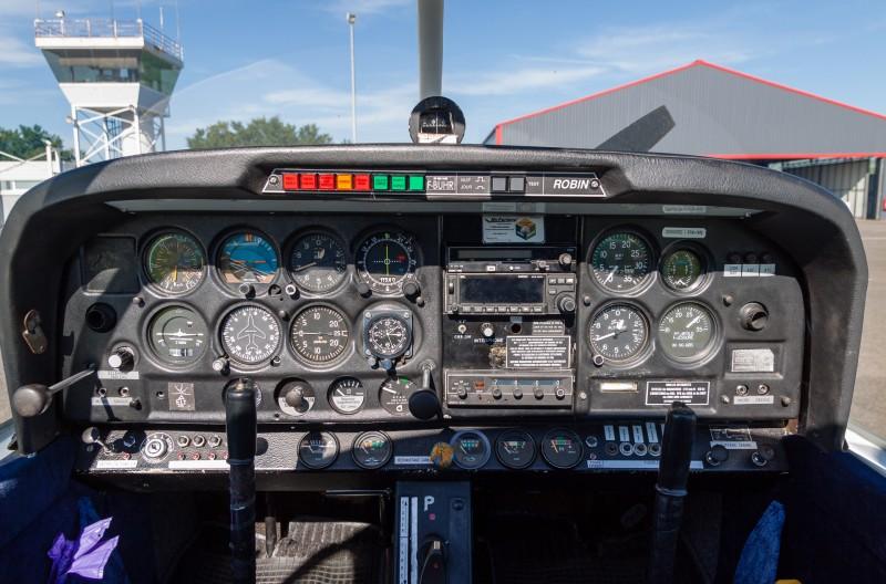 Cockpit du DR400 F-BUHR